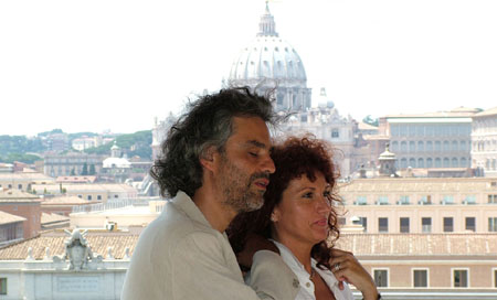 in Rome in ocasion of the press conference, with Francesca Patanè, Copyright www.andreabocelli.com